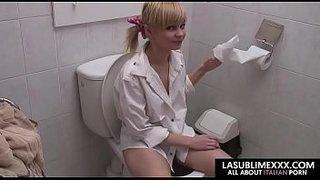 سكس فى الحمام نيك مراهقة شقراء فى الحمام 2017 العرب الإباحية